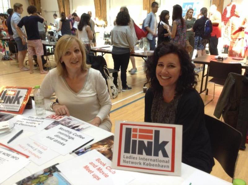LINK member signup at an expat fair